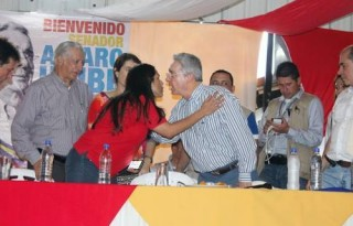 Lucy y uribe