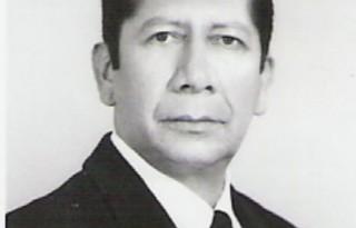 Carlos E Cañar