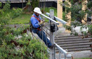 Fuerte vendaval afecta servicio de energía en algunas zonas del departamento.