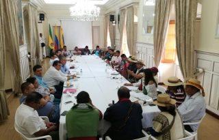 Gobernación propicia diálogo abierto entre nación y comunidad indígena.