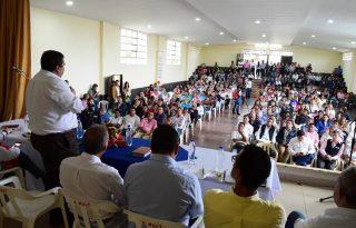 Gobernación del Cauca establece compromisos con comunidades del municipio de Piendamó.