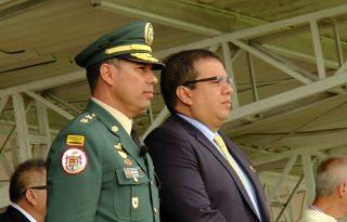 Gobernador del Cauca recibe Medalla Fe en la Causa