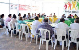 Gobernador se reunió con presidentes de ligas deportivas