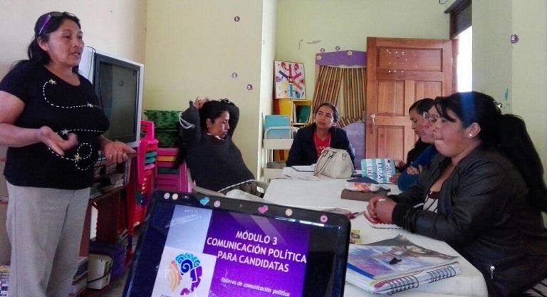 Empoderar Políticamente a las Mujeres, herramienta en la defensa de sus derechos