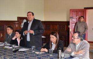 Gobernador del Cauca lidera mesa de trabajo con Universidades y gremios para fortalecimiento de la región