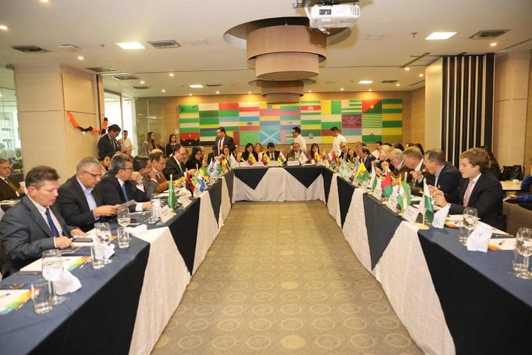 Gobernadores de Colombia acuerdan acciones con Gobierno Nacional  para fortalecer la Educación Superior Pública